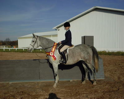 Joanna Hagen wins 2nd place on Dorothy in the 2001 October Equitation Classic Finals