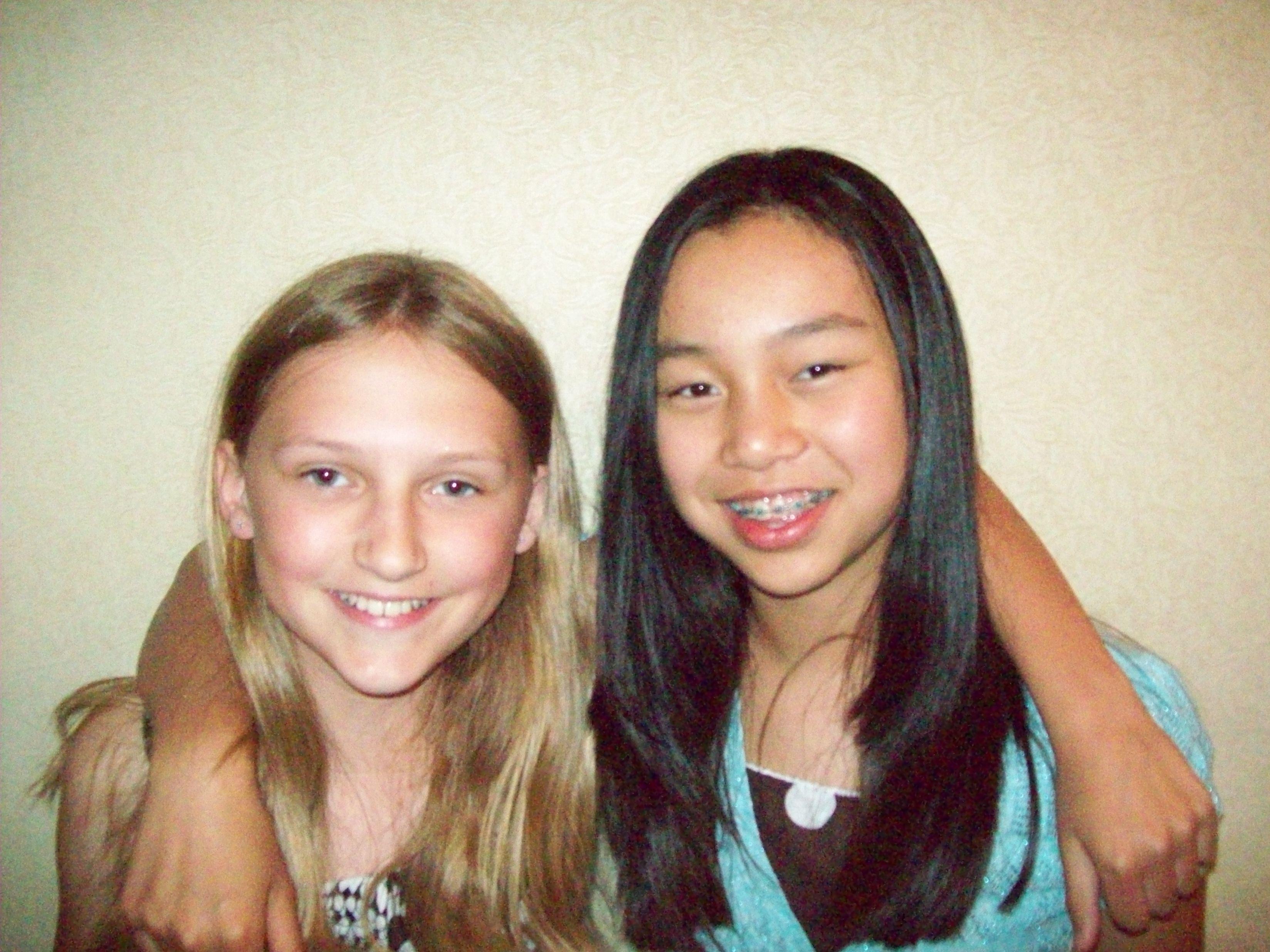 Savannah Chapman and Summer Lawrence