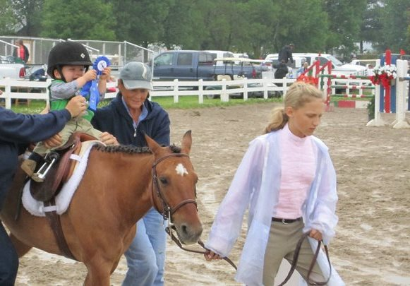 Melonie in Riley's first Lead Line class - Mason City, 2010